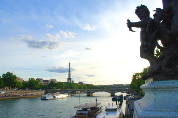 Statue at Alexander III Bridge